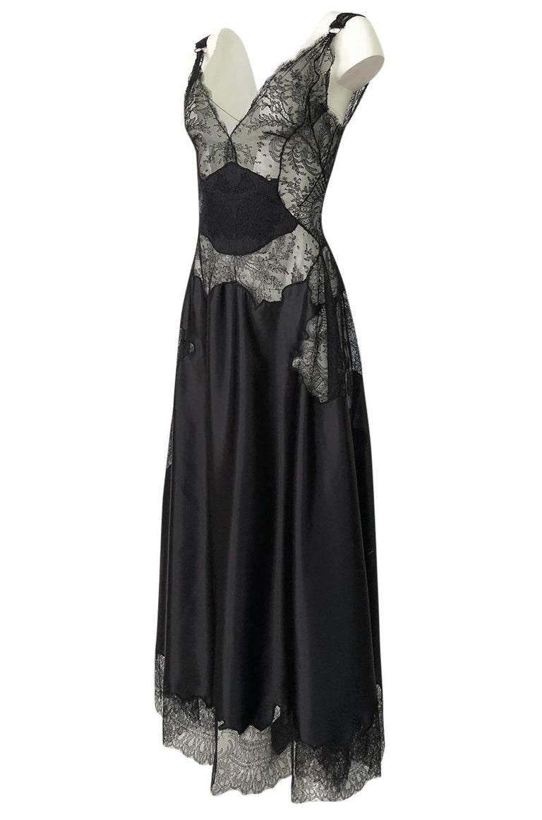 Women's Pre-Fall 2015 Ricardo Tisci for Givenchy Black Silk Satin & Lace Dress For Sale