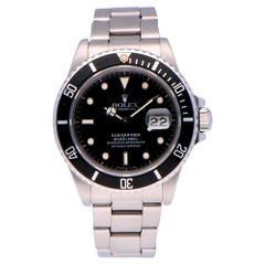 Pre-Owned Rolex Submariner Date Stainless Steel 16800 Watch
