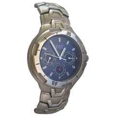 Pre-Owned Stainless Steel Guess Battery Operated Men's Watch