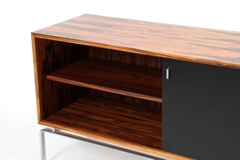 Preben Fabricius & Jorgen Kastholm Freestanding Credenza, Model FK150, Rosewood In Excellent Condition For Sale In Esbjerg, DK