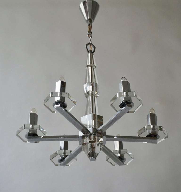 Precious Faceted Crystal Glass Art Deco Chandelier In Good Condition For Sale In Antwerp, BE
