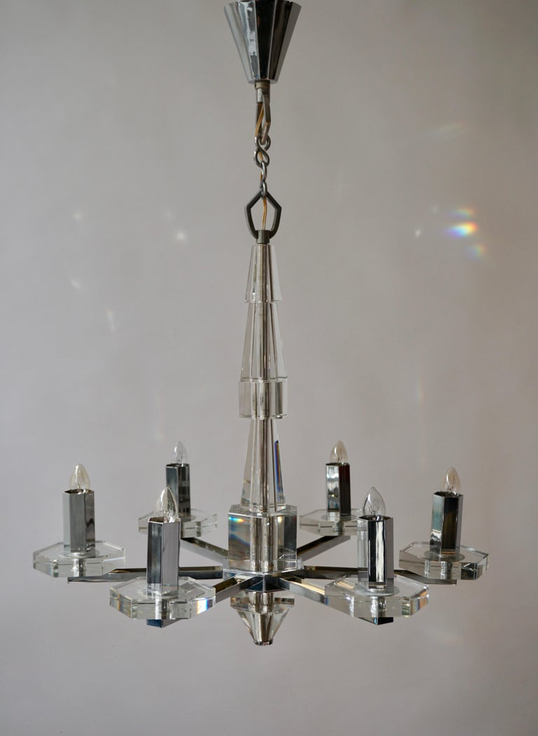 Early 20th Century Precious Faceted Crystal Glass Art Deco Chandelier For Sale