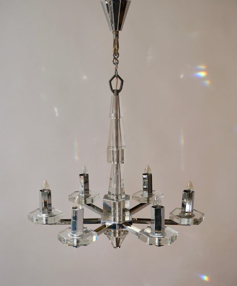 Precious Faceted Crystal Glass Art Deco Chandelier For Sale 3