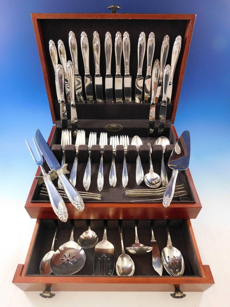 Impressive Prelude by International sterling silver Flatware set - 76 pieces. This set includes:  Measure: Eight dinner size knives, 9 5/8