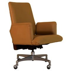 Premium Executive Swivel Tilt Executive Office Chair