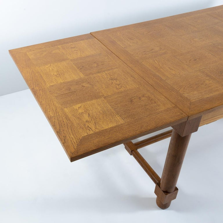 Mid-Century Modern Presentation Table with Extensions, in Solid Oak, the Top in Oak Marquetry For Sale