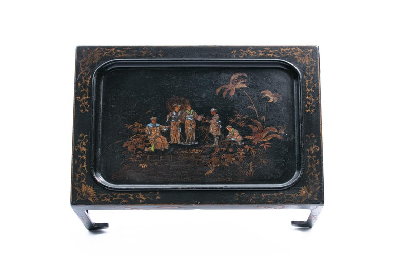 President John F. & First Lady Jacqueline Kennedy's English Victorian Tea Table For Sale 4