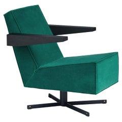 Press Room Chair in Green Velvet, Designed in 1958 by Gerrit Rietveld