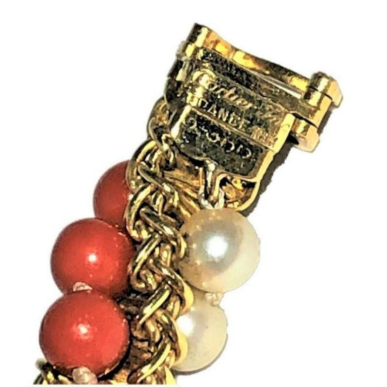 Prestigious French Cartier Twisted Gold, Coral and Pearl Torsade Bead Bracelet In Good Condition For Sale In Palm Beach, FL