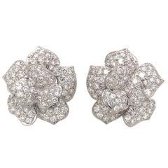 Pretty 18K White Gold Diamond Flower Earrings