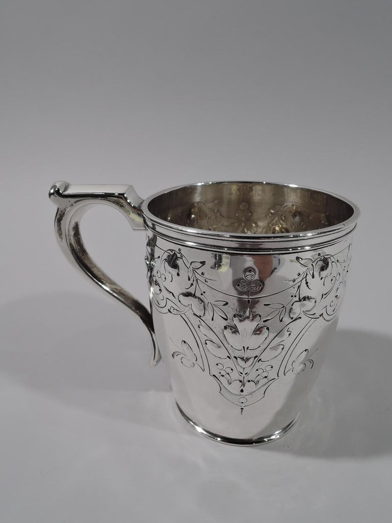 Neoclassical Pretty Coin Silver Baby Cup by Krider & Biddle of Philadelphia For Sale