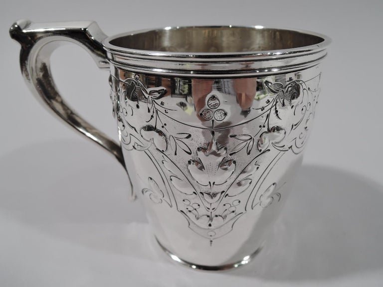 American Pretty Coin Silver Baby Cup by Krider & Biddle of Philadelphia For Sale