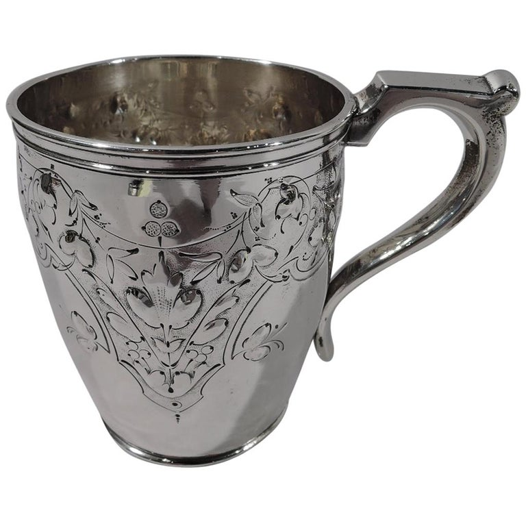 Pretty Coin Silver Baby Cup by Krider & Biddle of Philadelphia For Sale