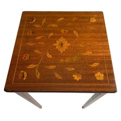 Pretty English Antique Inlaid End Table