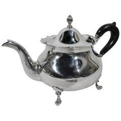 Pretty Lunt Sterling Silver Colonial Revival Teapot in Jack Shepard Pattern