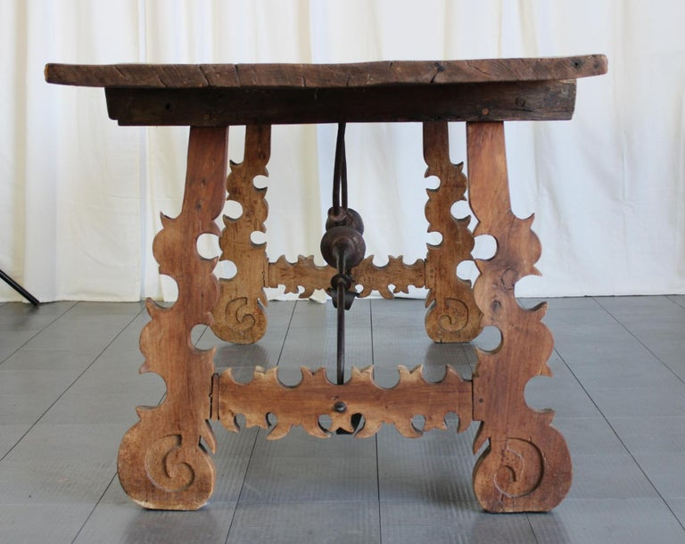 An outstanding 18th century dining table from Spain.