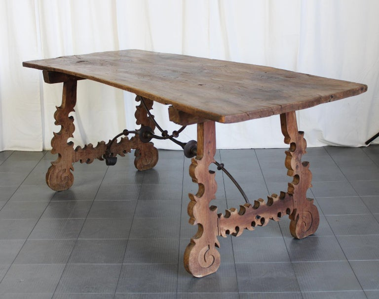 Spanish Primitive 18th Century Iron and Slab Walnut Dining Farm Table For Sale