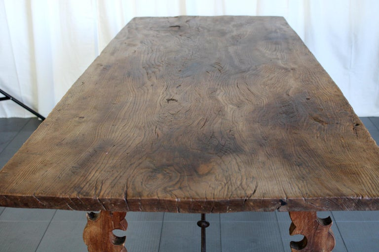 Primitive 18th Century Iron and Slab Walnut Dining Farm Table For Sale 1