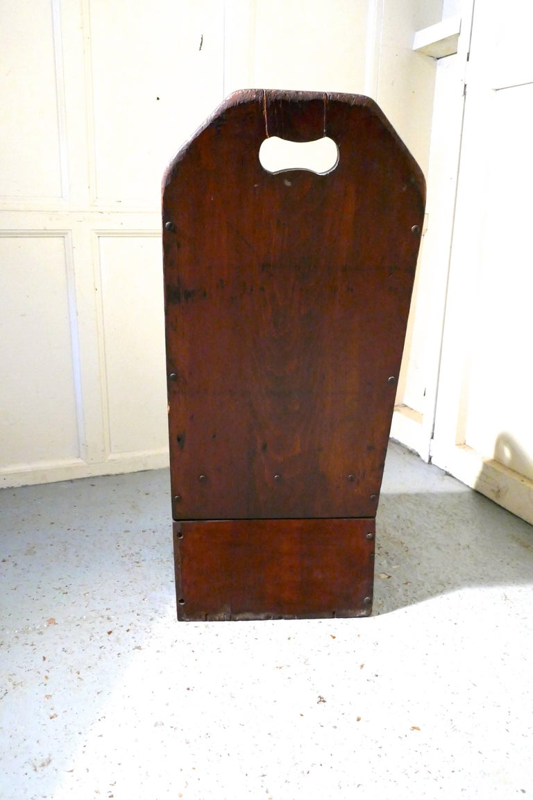 Primitive 19th Century American Pine Childs Country Chair For Sale 1