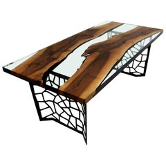 Primitive 200 Epoxy Resin Dining Table with Black Voronoi Legs