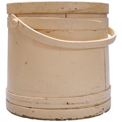 Primitive Americana Shaker Handcrafted Four-Finger Lidded Firkin Bucket