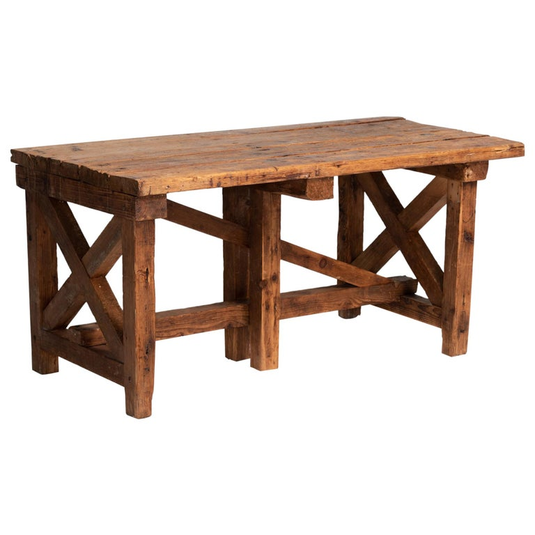 Primitive Pottery Table, France, circa 1880 For Sale