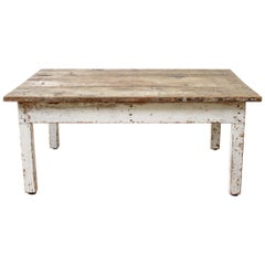 Primitive Style Farmhouse Coffee Table with Natural Wood Top
