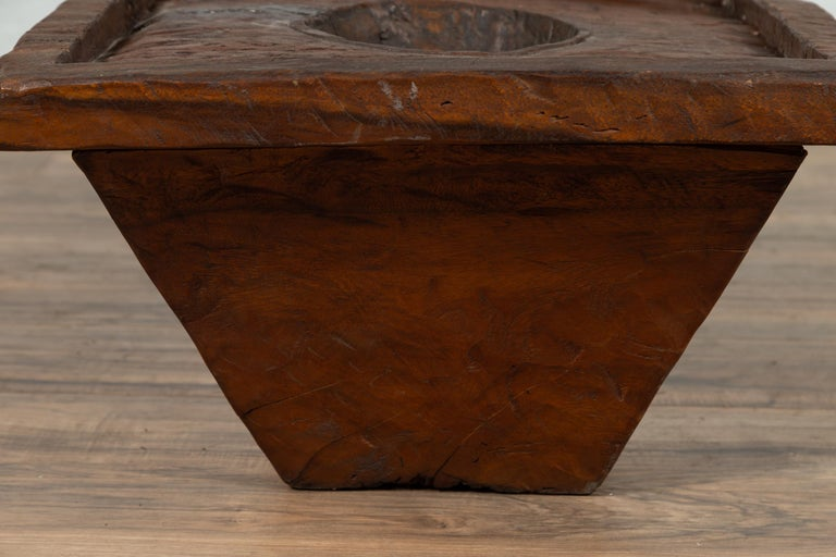 Wooden Indonesian Brown Mortar Planter from the Early 20th Century For Sale 3