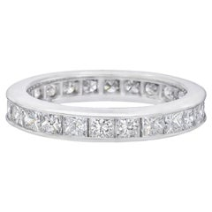 Princess-Cut Diamond Eternity Band '2.40 Carat'