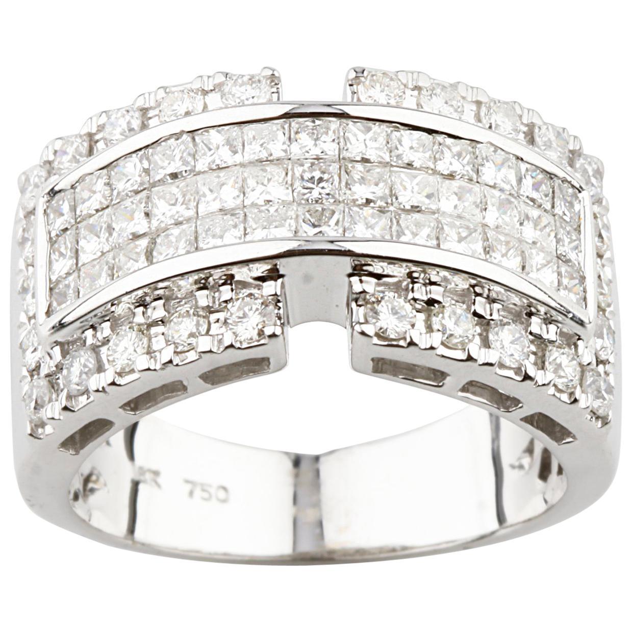 Princess Cut Diamond Invisibly Set 18 Karat White Gold Band Ring