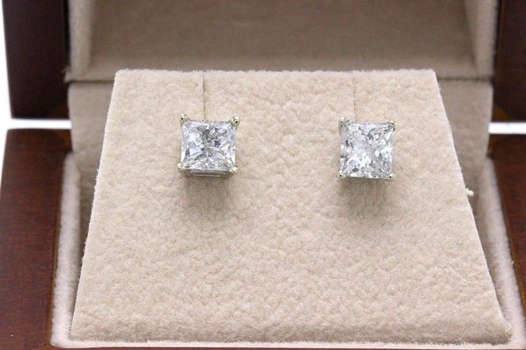 Princess Cut Diamond Stud Earrings 1.60 Carat Set in 14 Karat White Gold For Sale 2