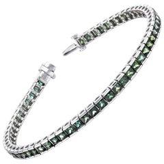 Princess Cut Green Sapphire and White Gold Tennis Bracelet, 8.75 Carat Total