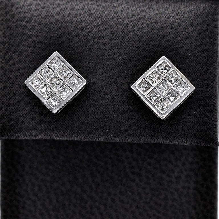 Contemporary Princess Diamond 18 Karat Gold White-Gold Stud Earrings For Sale