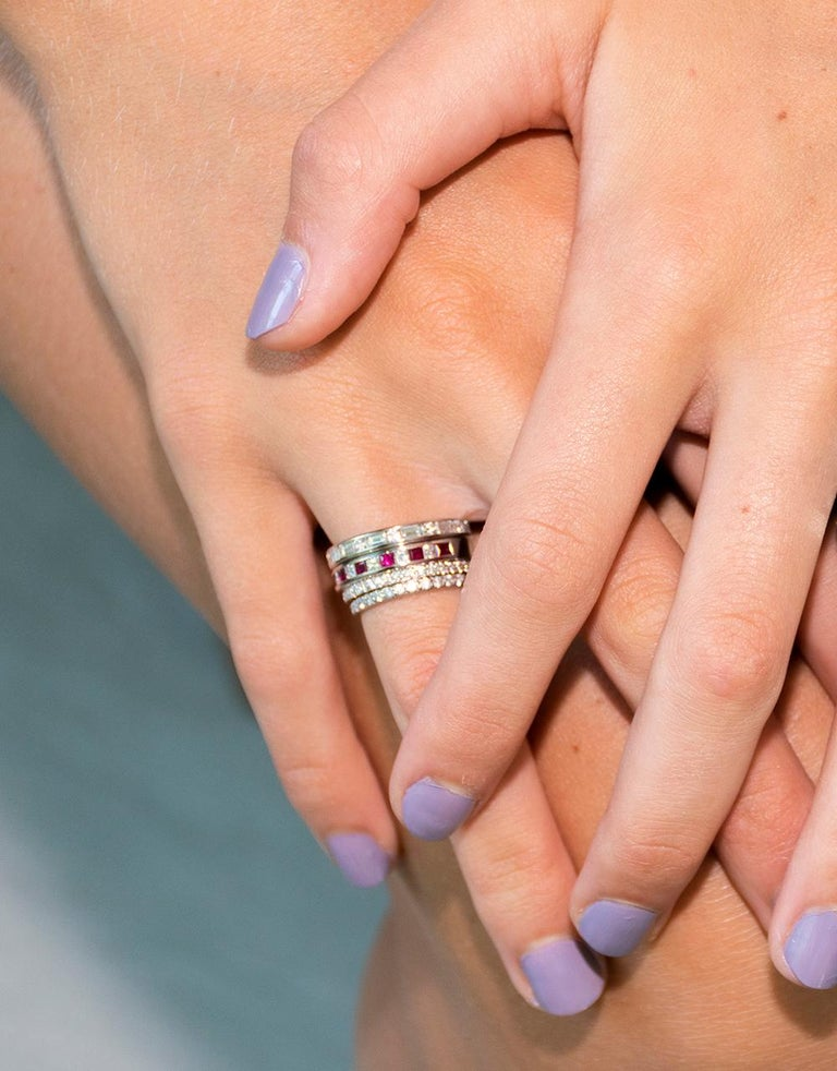 Princess Cut Princess Diamond Alternating Ruby Partial 15 Stone Eighteen Karat Gold Ring For Sale