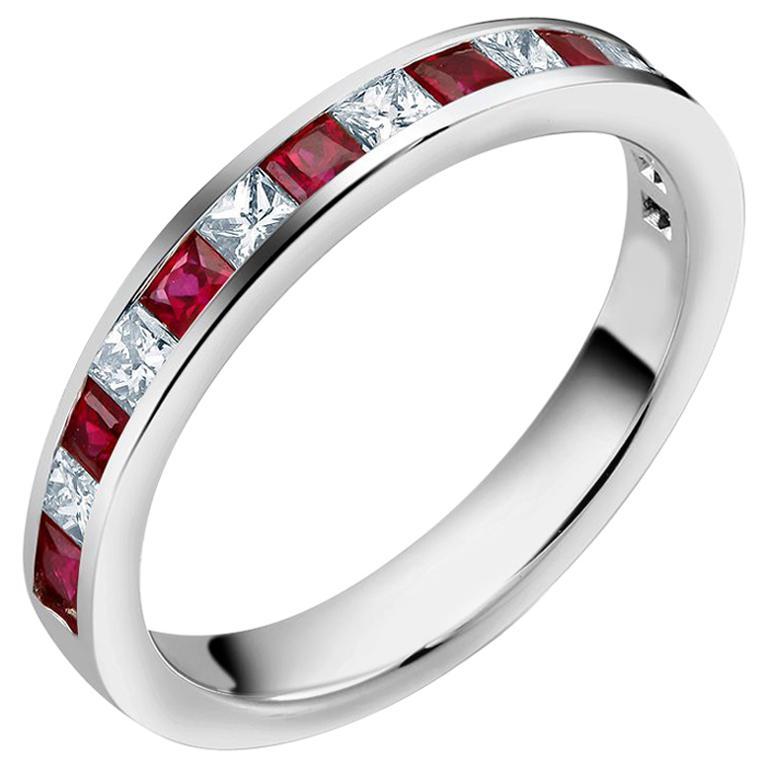 Princess Diamond Alternating Ruby Partial 15 Stone Eighteen Karat Gold Ring For Sale