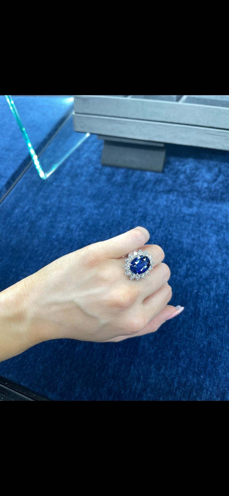 Princess Diana Inspired GIA Certified Sapphire Diamond Ring 15.31 Carats F VS For Sale 8