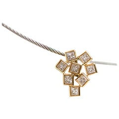Princess VS Diamonds, 18 Karat Gold Pendant Geometric Pendant for Women 18 Karat