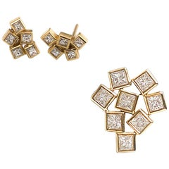 Princess VS Diamonds Pendant + 18 Karat Gold Stud Earrings, Geometric Unique Set