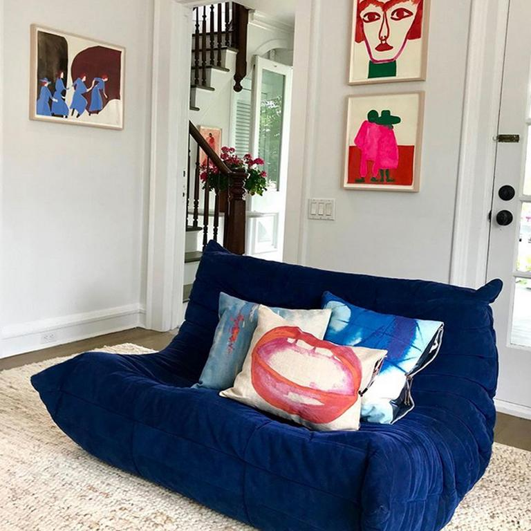 Printed Linen Throw Pillow Lips In New Condition For Sale In New York, NY