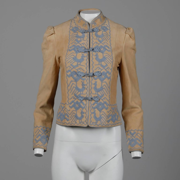 Women's Pristine 1970s Oscar de la Renta Tan + Purple Suede Leather + Embroidery Jacket For Sale