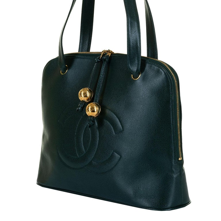 Women's Chanel 'Vert Emerald' Caviar  Shoulder Bag- Iconic 'CC' Globes - Pristine - Rare For Sale