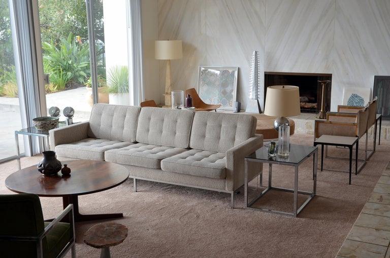 Modern Pristine Florence Knoll Sofa for Knoll International For Sale