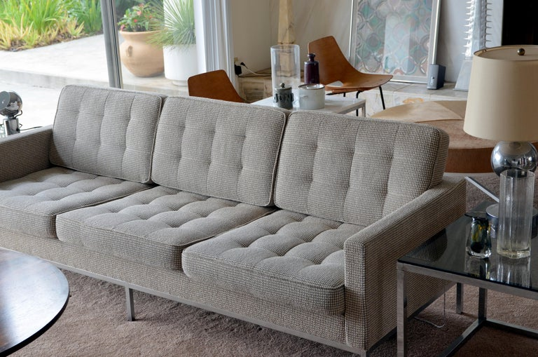 American Pristine Florence Knoll Sofa for Knoll International For Sale
