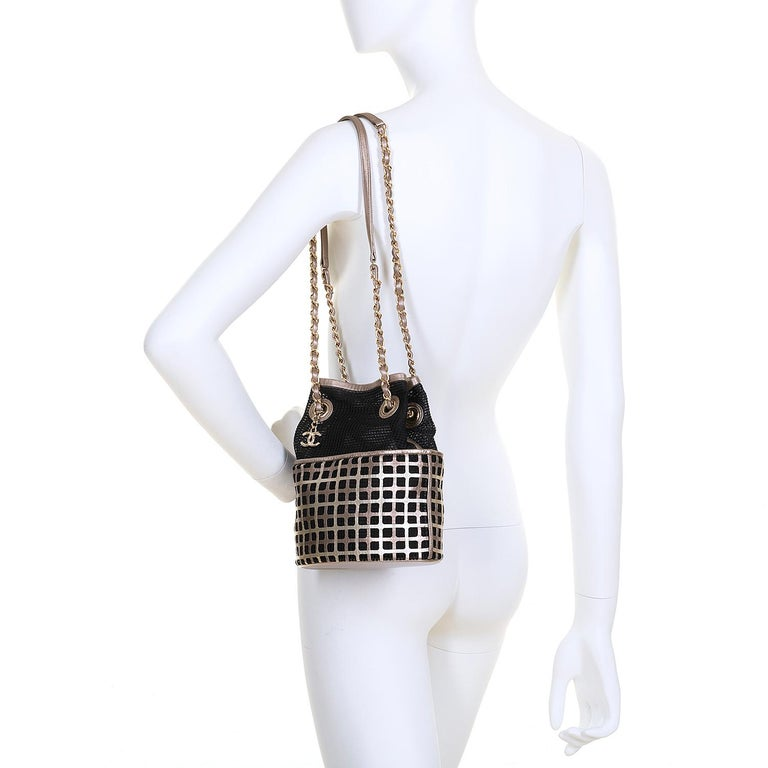 Pristine Limited Edition Chanel Shoulder Bag For Evening & Special Occasions For Sale 2