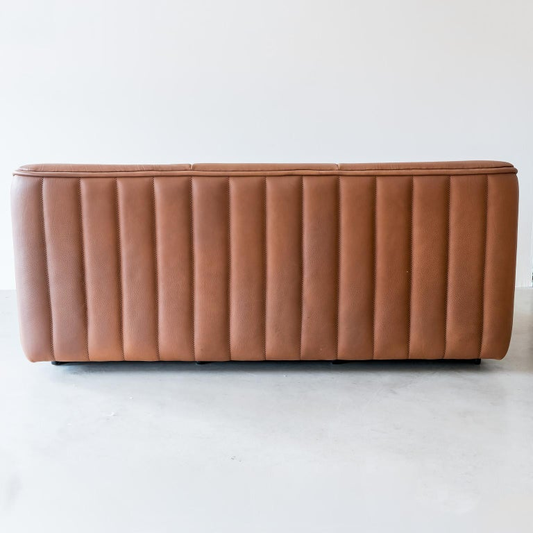 Swiss Pristine Original De Sede Model DS84 Sofa in Cognac Buffalo Leather, 1970s For Sale