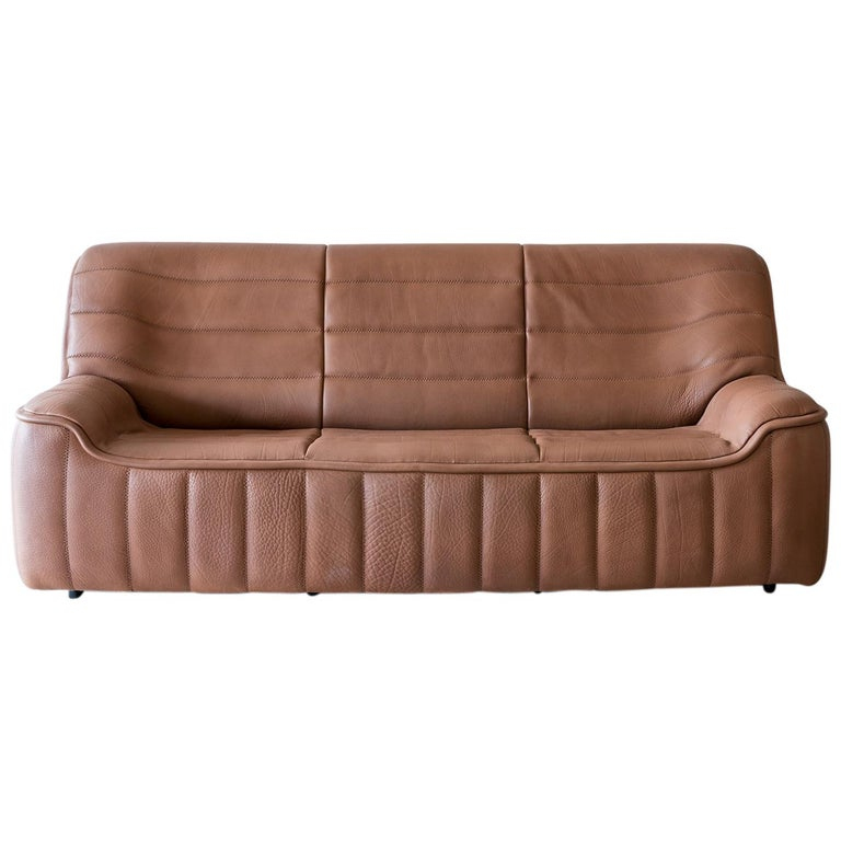 Pristine Original De Sede Model DS84 Sofa in Cognac Buffalo Leather, 1970s For Sale
