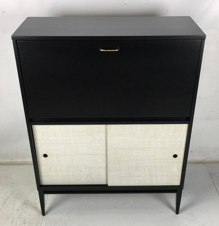 Mid-Century Modern Pristine Paul McCobb Planner Group Secretaire For Sale
