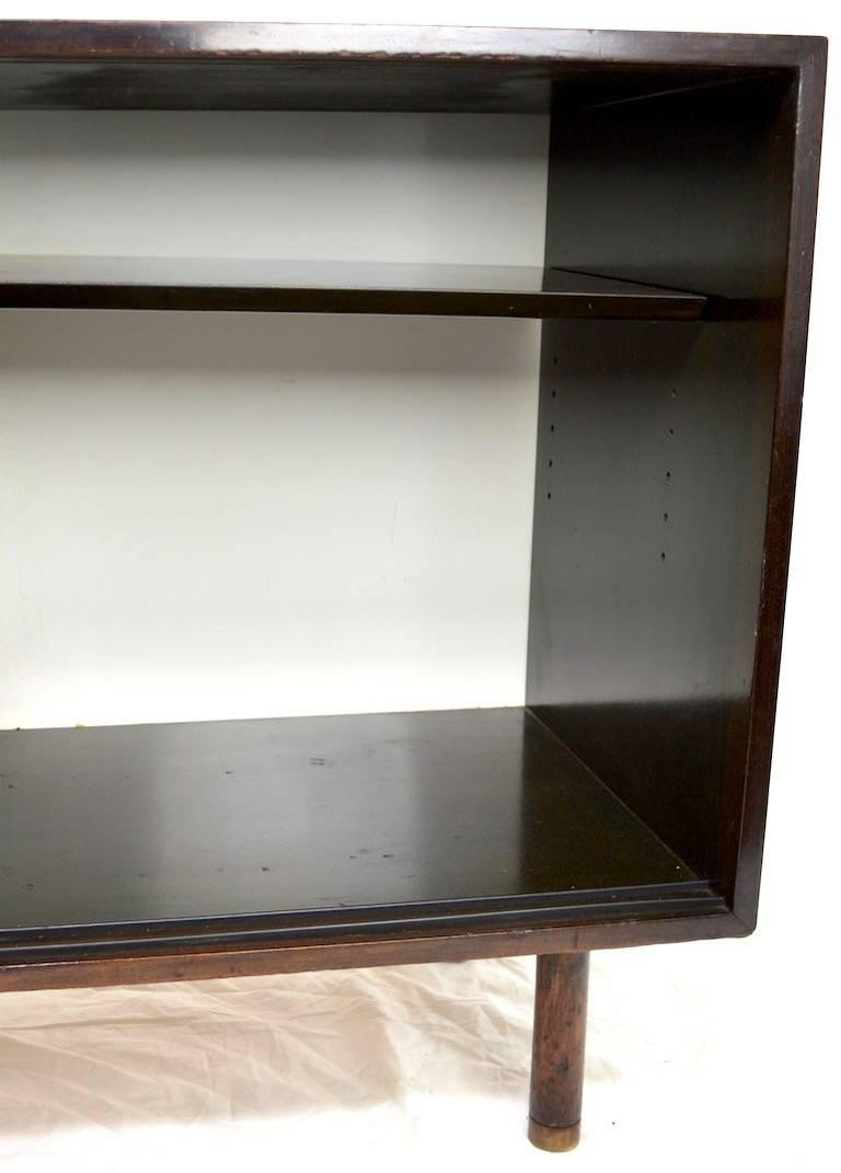 Probber Two-Door Cabinet In Good Condition For Sale In New York, NY