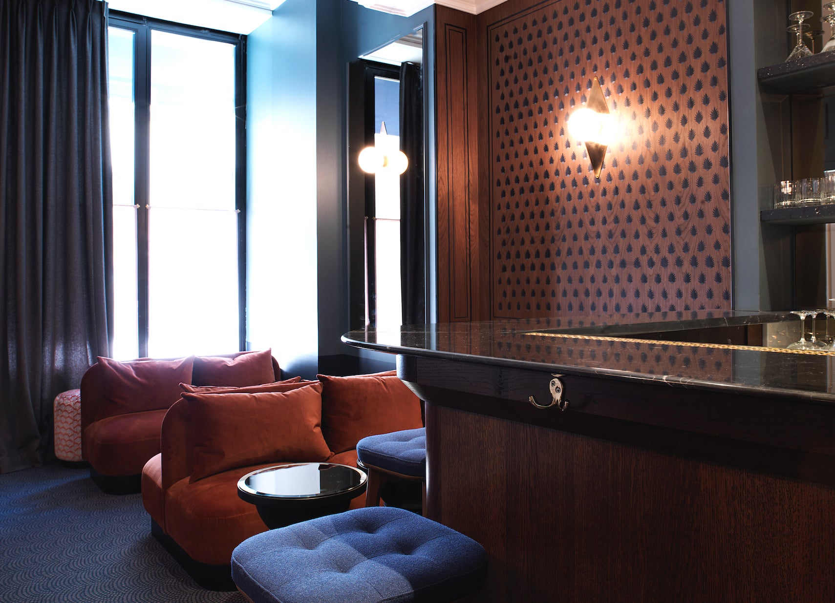 le bachaumont restaurant by chzon. Black Bedroom Furniture Sets. Home Design Ideas