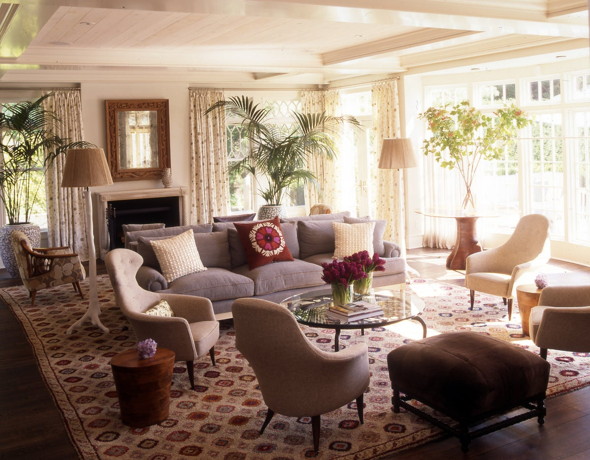 Arts and crafts living room in amagansett ny by fox nahem for The family room troy ny